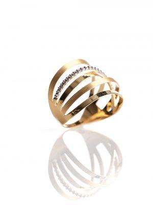 Anel 5 fios, confeccionado em ouro amarelo e branco 18k